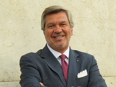 Carlos Vasconcellos Cruz